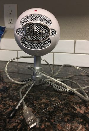 Blue Studio Mic with USB attachment for Sale in Clinton, IA