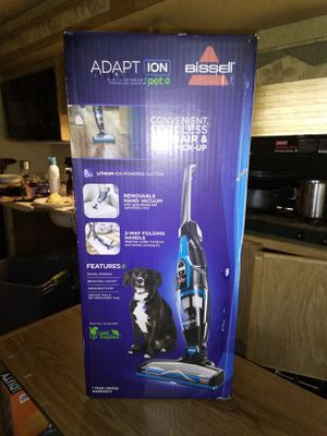 Bissell ADAPT Ion pet vacuum for Sale in Bonney Lake, WA