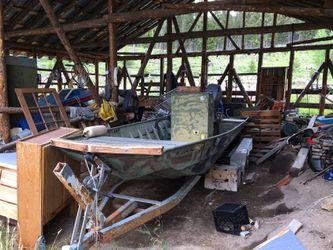 16' aluminum flat bottom roughneck boat for Sale in Midvale,  UT