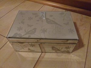 Jewelry Box for Sale in St. Louis, MO