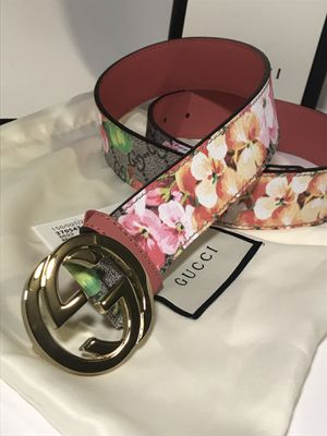 Gucci Pink Blooms Belt **XMAS SALE!! for Sale in Queens, NY