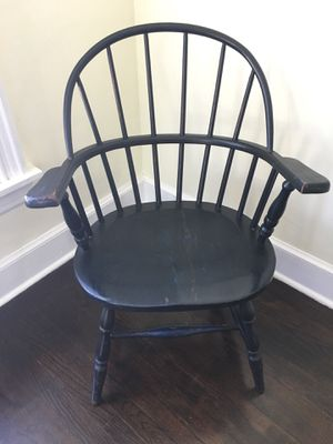 Antique Windsor Back Chair for Sale in Miami, FL