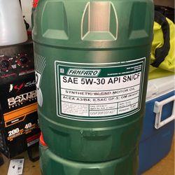 Engine Oil 5w-30. 10w-40 for Sale in Winter Garden,  FL