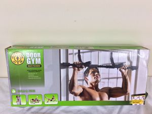 Gold's Gym Multi-Training Door Gym Pull-up Bar for Sale in Severn, MD