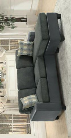 Slater Gray Reversible Sofa Chaise for Sale in Pflugerville,  TX