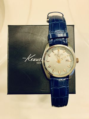 Kenneth Cole Silver Quartz Navy Croco Leather Watch for Sale in Springfield, VA