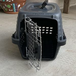 Small Portable Carrier for Sale in Rancho Cucamonga, CA