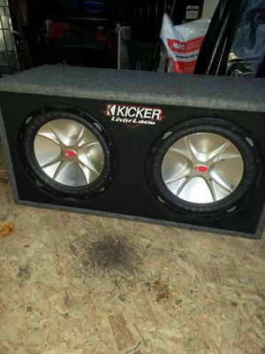 """Kickers 12"""" with the amp for Sale in Grand Rapids, MI"""