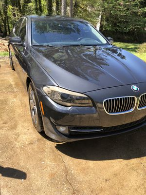 BMW 528 2012 LOW MILES for Sale in LAWRENCEVILLE, GA