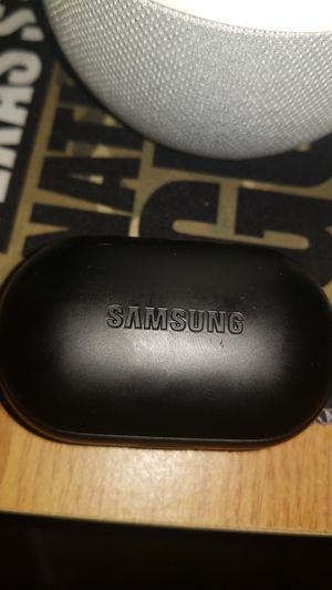 Samsung gear icon x wireless earbuds for Sale in Galena Park, TX