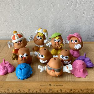 Vintage 1980s Playskool Hasbro Mr Potato Head Spud Kids Toy Lot Of Figures And Extra Parts for Sale in Elizabethtown, PA