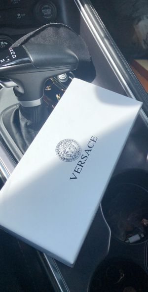 Authentic Versace Biggie Medusa Sunglasses Black and Gold for Sale in Houston, TX