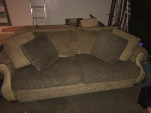 8 ft couch and 6 ft matching love seat for Sale in Rockville, MD