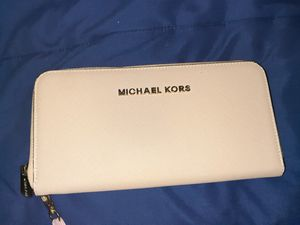 Michael Kors Wallet for Sale in Euless, TX