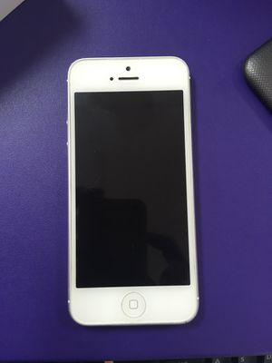 IPhone 5 for Sale in Evansville, IN
