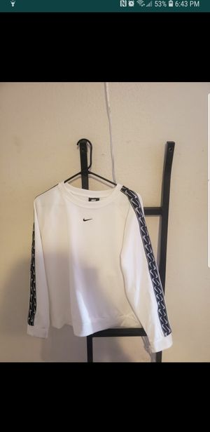 Womens L Nike sweater for Sale in San Jose, CA