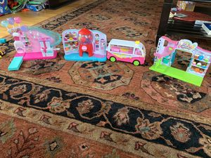 Shopkins party game arcade, gum ball machine etc for Sale in Arlington, MA