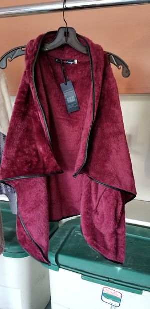 Women fur vests for Sale in Dearborn Heights, MI