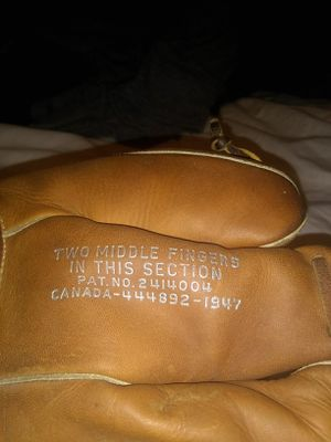 Antique baseball glove for Sale in Garden City, MI