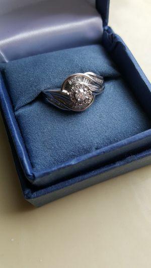 .925 STERLING SILVER & PLATINUM SOLITAIRE & EMERALD CUT DIAMOND RING SIZE 7 for Sale in Wheaton, IL