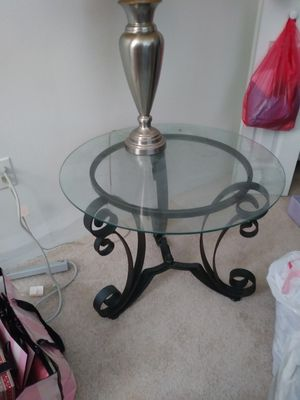 2 Glass end tables for Sale in Orlando, FL