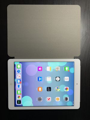 IPAD AIR 1ST GENERATION for Sale in Glendale, CA