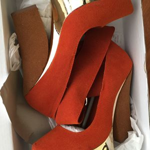 Burnt Orange Wedges for Sale in Saint Charles, MO