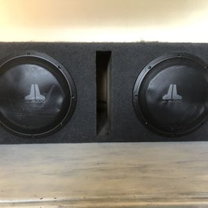 JL Audio (two) 10 Inch Subwoofers / Alpine Amplifier for Sale in San Diego, CA