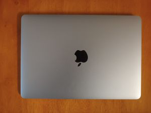 """Macbook 12"""" Mac book 2016 256g battery cyc only 131 for Sale in Stafford, TX"""