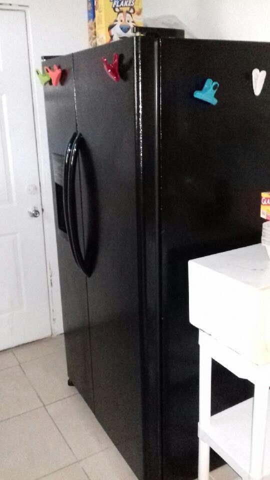 ge side by side refrigerator freezer for sale in jacksonville fl offerup. Black Bedroom Furniture Sets. Home Design Ideas