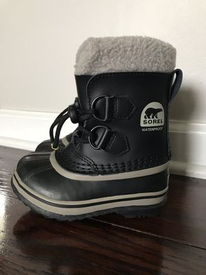 Sorel Toddler Snow Boots for Sale in Pepper Pike, OH