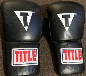 boxing gloves title for Sale in Miami, FL