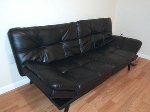 BLACK LEATHER FUTON SOFA / BED for Sale in Sebring, FL