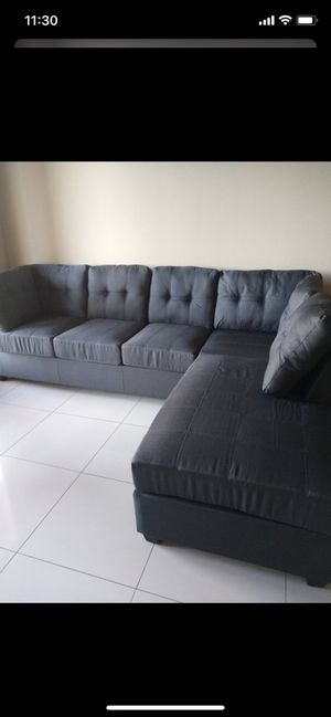 Sectional sofa and ottoman for Sale in Houston, TX