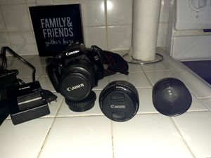 Canon EOS 1100 D for Sale in Hialeah, FL