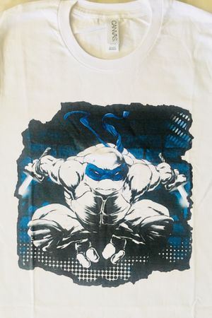 •• NOT SOLD ANYWHERE ** New NINJA TURTLES FIGURE MENS TSHIRT S M ** See TONS Cool & HOT TOYS here.... for Sale in Las Vegas, NV