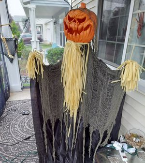 Standing Shaking Pumpkin Reaper Halloween Decoration for Sale in Olympia, WA