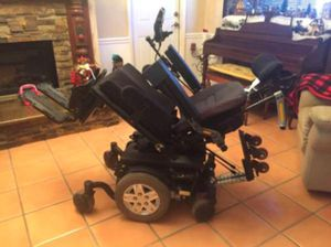 Merits Health P301 Gemini Rear Wheel Drive Electric Wheelchair for Sale in Coila, MS