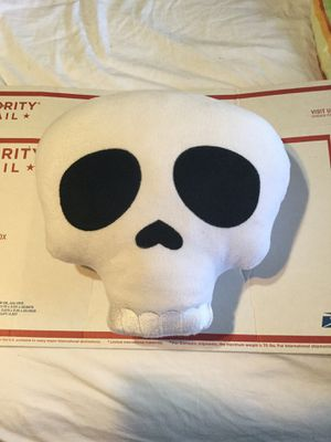 Large skull plushie emoji pillow for Sale in Katy, TX