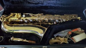 Vintage Saxophone for Sale in Puyallup, WA