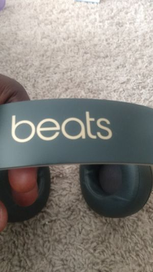 Black and gold beats for Sale in Washington, DC