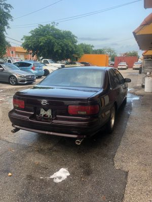 Chevy impala 1996 for Sale in Hialeah, FL