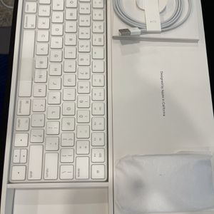 Apple Magic keyboard & Mouse Brand New for Sale in Carson, CA