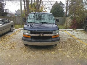 2006 Chevy Express for Sale in Oak Park, MI