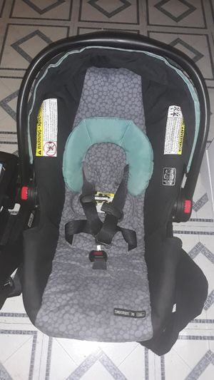 Baby car seat for Sale in Arlington, TX