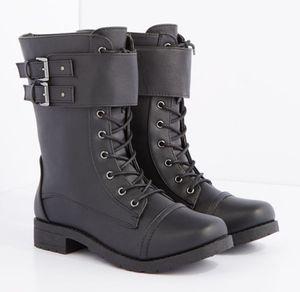 Firm Price! Brand New Women's Boots, Size M (7/8), Located in North Park for Pick Up or Shipping Only! for Sale in San Diego, CA