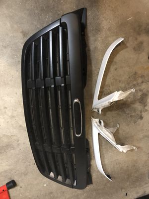 Sprinter grille and headlight fillers dodge freightliner mercedes for Sale in Chicago, IL