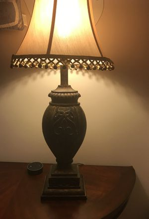 Beautiful lamp in excellent condition for Sale in Ashburn, VA