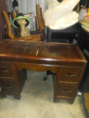 Antique desk Fayetteville ga for Sale in Fayetteville, GA