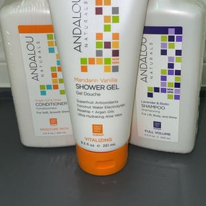 All ORGANIC gift set! GREAT DEAL! for Sale in Fontana, CA